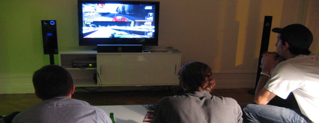 how to play two player forza 4